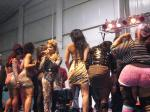 "Lil Kim Twerking On Stage To Rihanna's ""Birthday Cake"" (Remix)"
