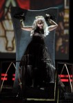 Nicki Minaj Debuts 'Roman Holiday' at Grammys